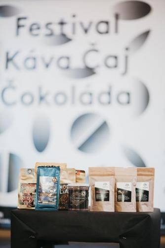Kava Caj Cokolada - prvy vyber- Jakub Kovalík-021
